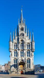 Het prachtige 15de-eeuwse stadhuis